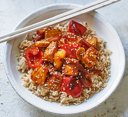 Sweet & sour tofu served with rice