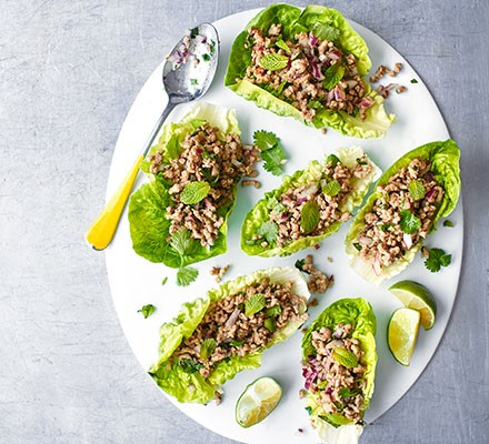Thai green pork lettuce cups