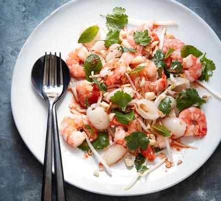 Thai prawn & lychee salad