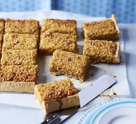 Treacle tart bars