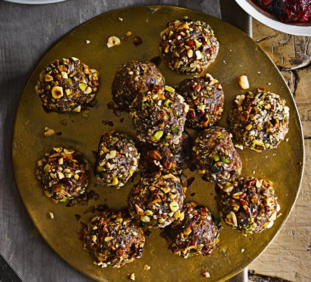 Vegan stuffing balls served on plate