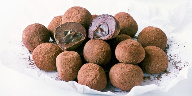 Dulce de leech filled truffles