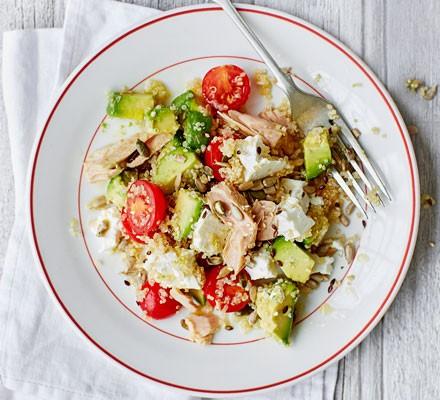 Tuna, avocado & quinoa salad