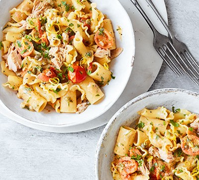 Tuna pasta in white bowls