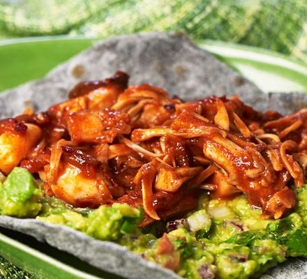Jackfruit with guacamole on tortilla