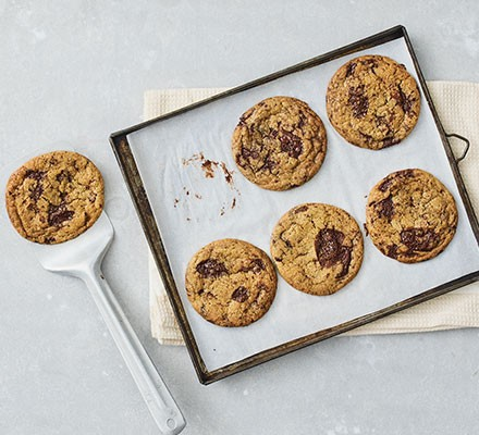 Vegan chocolate chip cookies served on a tray