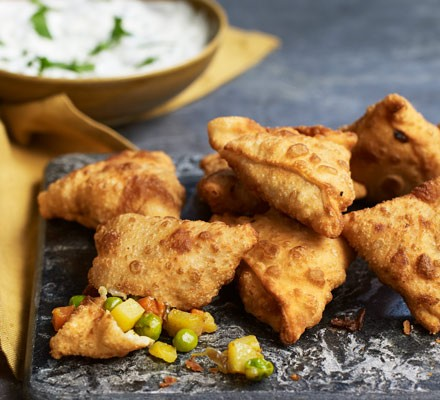 Samosas on board with raita