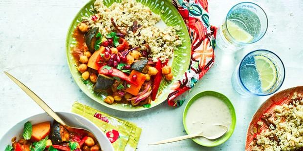 Daržovių taginas su abrikosų kvinoja