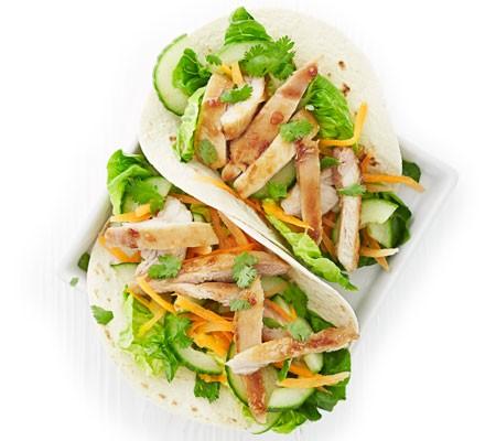 Vietnamese chicken wraps