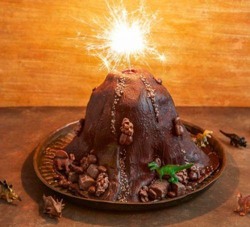 Chocolate volcano cake with sparklers