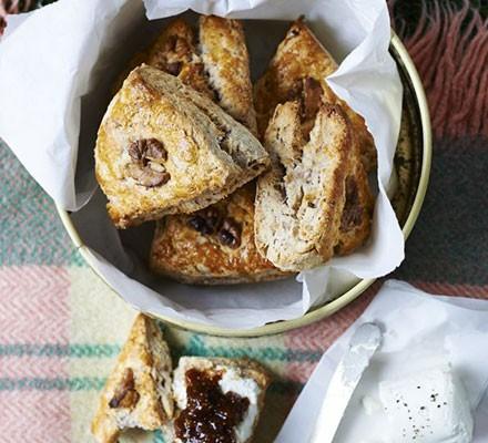 Walnut scones