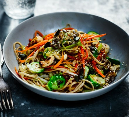 Sesame noodles with leeks & sprouts