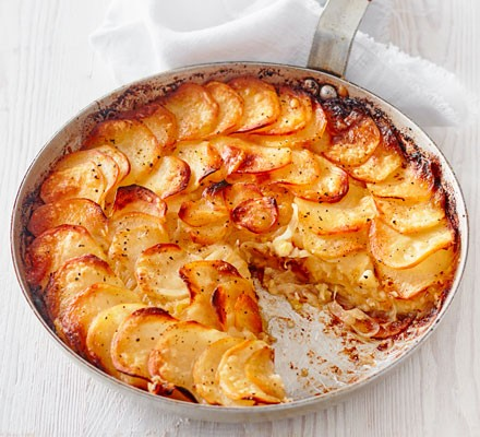 Potato gratin in pan