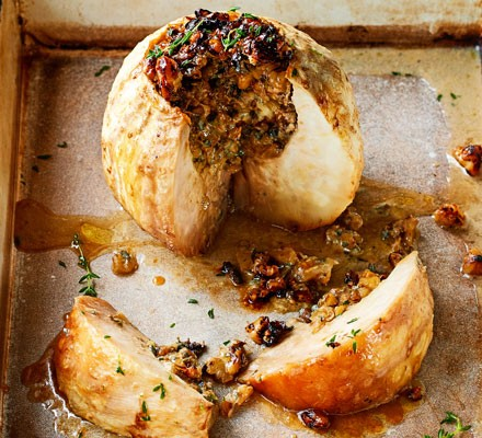 Whole baked celeriac with walnuts & blue cheese 2016