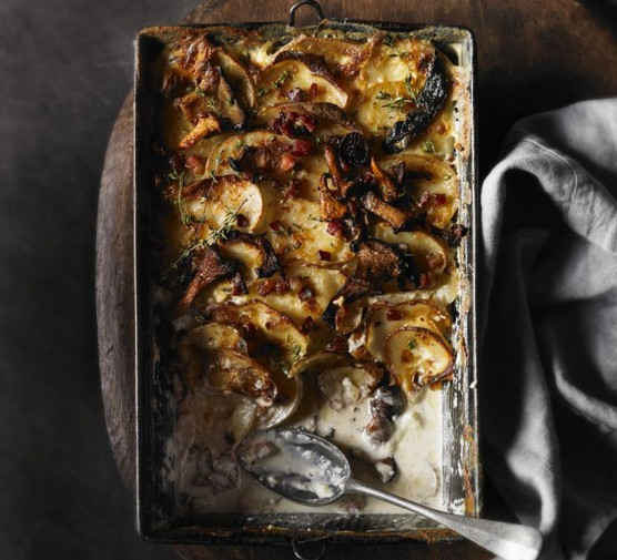 Wild mushroom, potato & pancetta gratin
