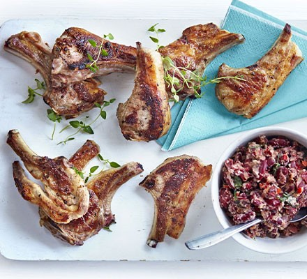 Zesty lamb chops with crushed kidney beans