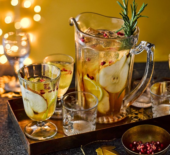 All-purpose Christmas punch in a jug and glasses