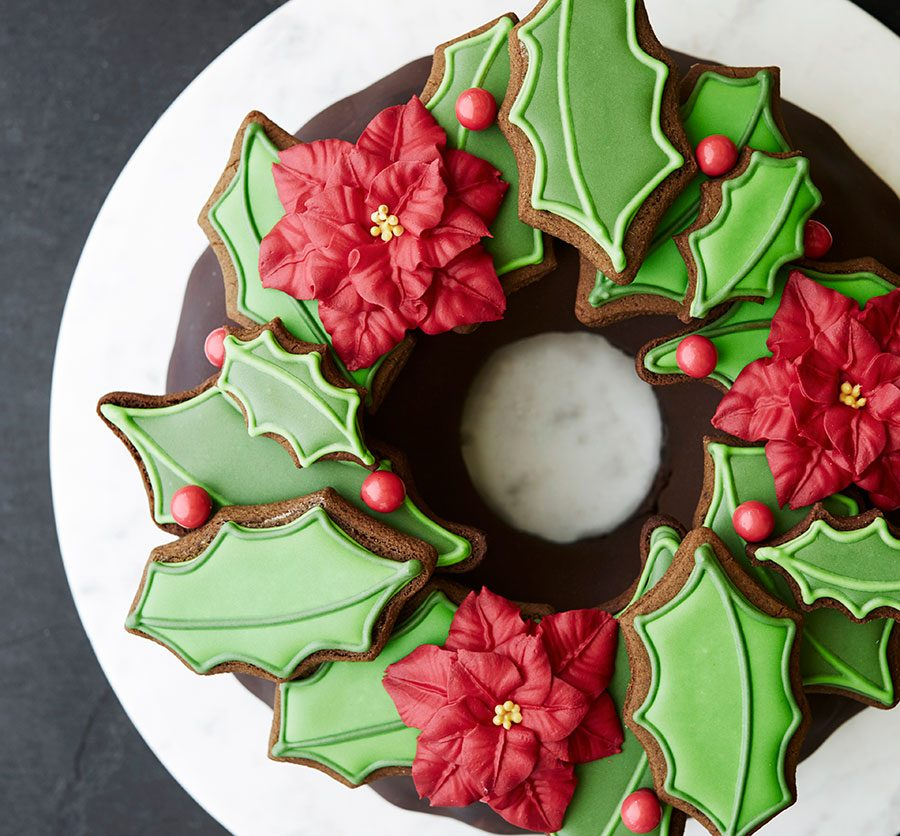 Chocolate biscuit wreath cake