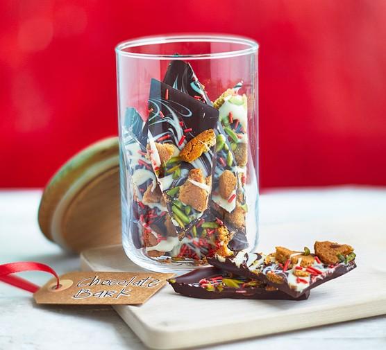 Easy homemade chocolate bark in a jar