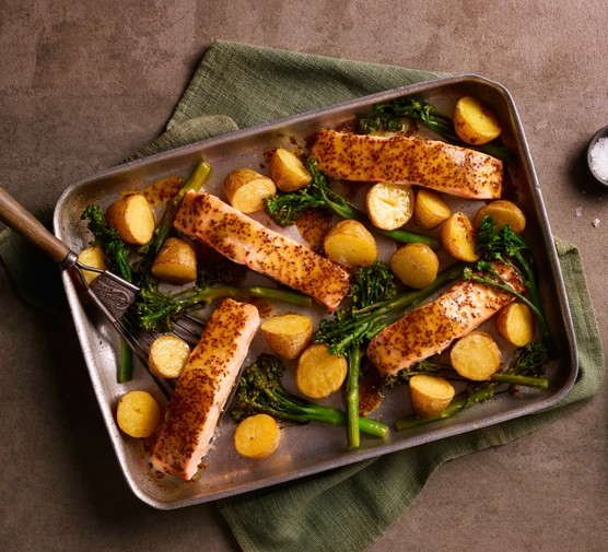 Salmon, new potatoes and Tenderstem® broccoli traybake