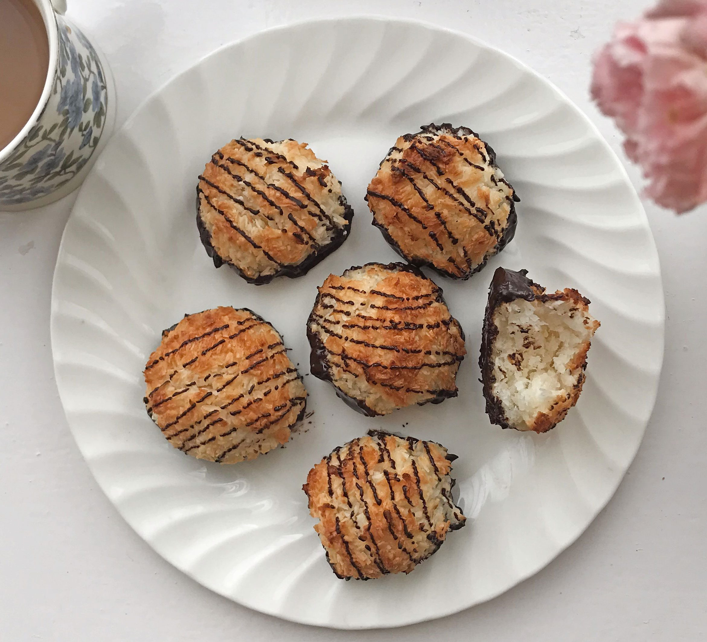 Coconut Macaroons Recipe Bbc Good Food