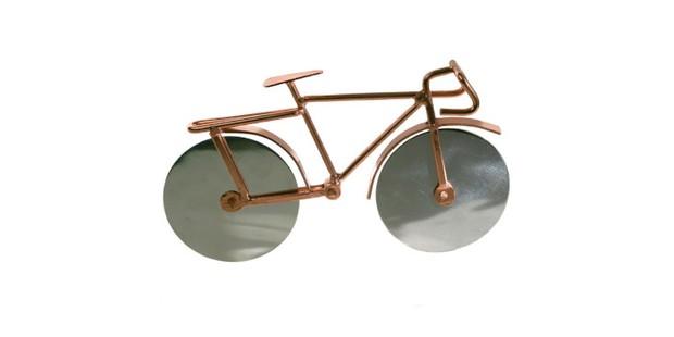 Bike shaped pizza cutter