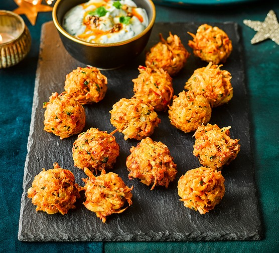 Carrot & halloumi fritters with coriander dip served on a platter