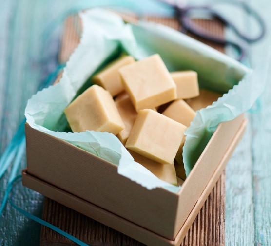 Vanilla fudge cubes in a box