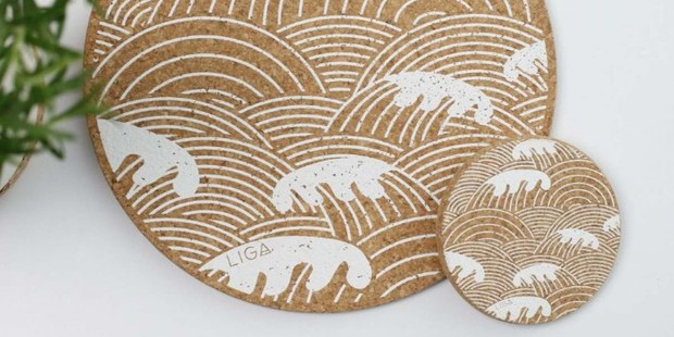 Cork Wave placemats and coasters, best sustainable gifts