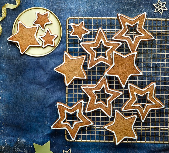 Easy gingerbread cut into star shapes