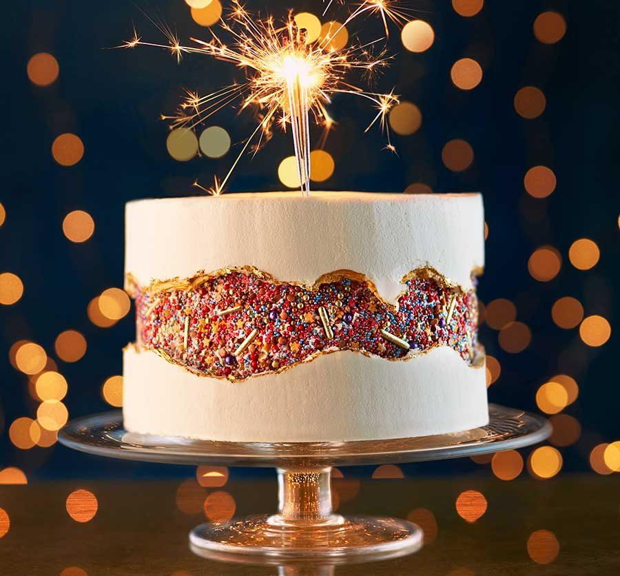 Sprinkle & spice caramel fault-line cake