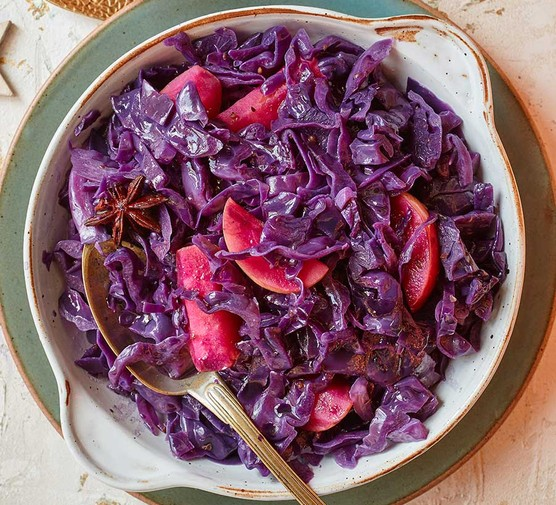 Spiced ginger beer slow cooker cabbage served in a bowl