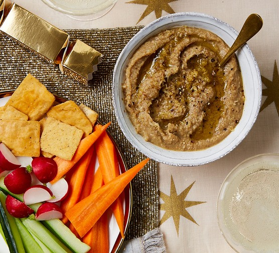 Chestnut hummus with crudites