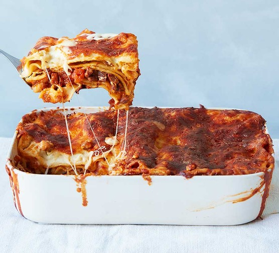 Slow-cooked chunky beef lasagne in a baking dish