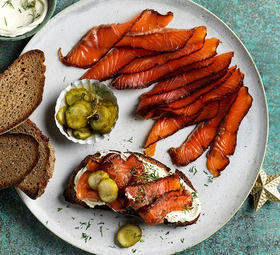 Pastrami-cured salmon with pickles and rye bread