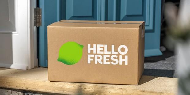A Hello Fresh recipe box on a doorstep