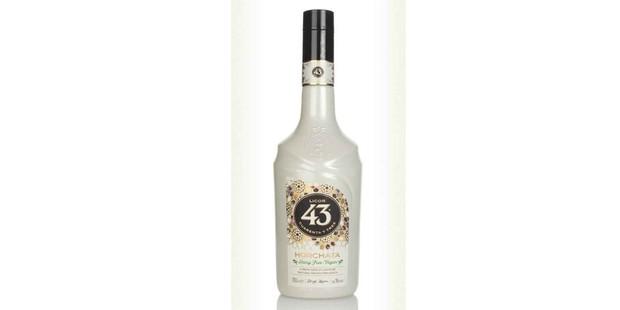 Licor Horchata liqueur in a bottle
