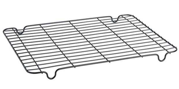 Wilko cooling rack in black
