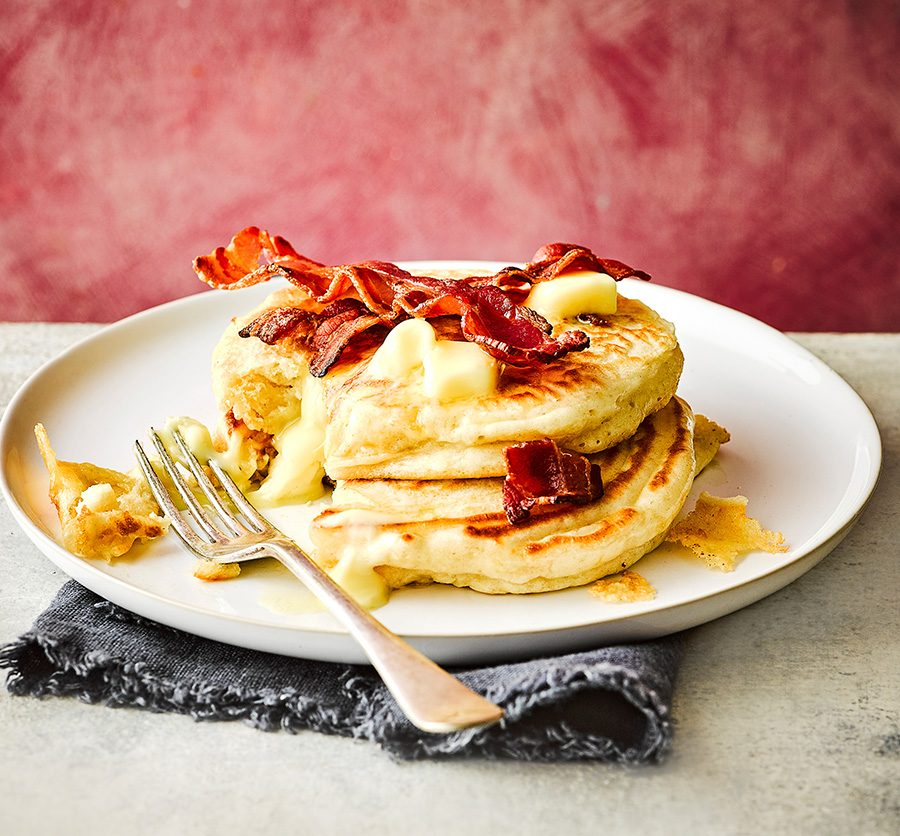Brie-stuffed pancakes with crispy bacon