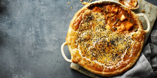 One-pot paneer curry pie