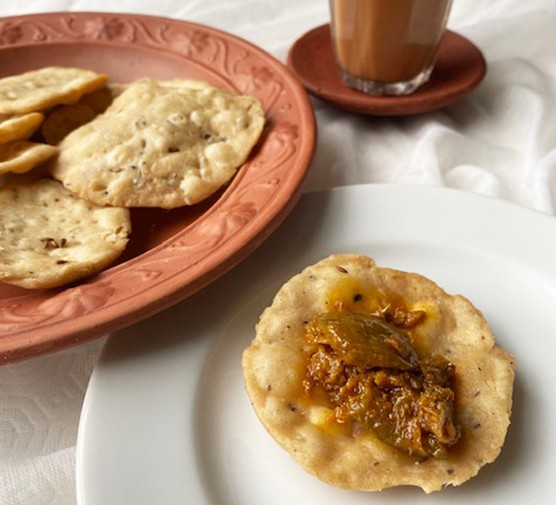 A selection of spiced Indian crackers (mathri)
