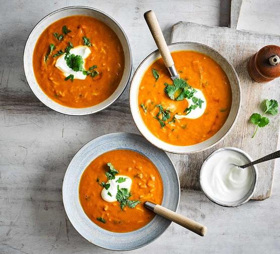 Three bowls of mulligatawny soup