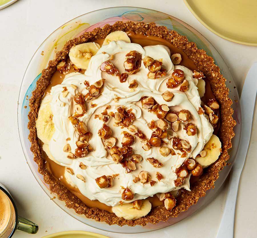 Salted caramel & hazelnut banoffee pie