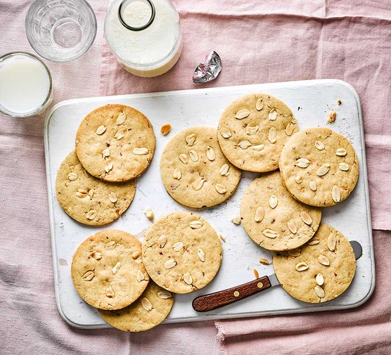 Vegan peanut butter cookies served on a tray
