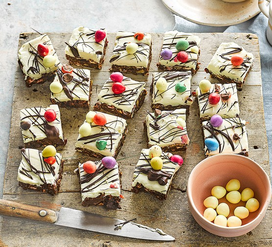 Easter rocky road cheesecake bars cut into squares