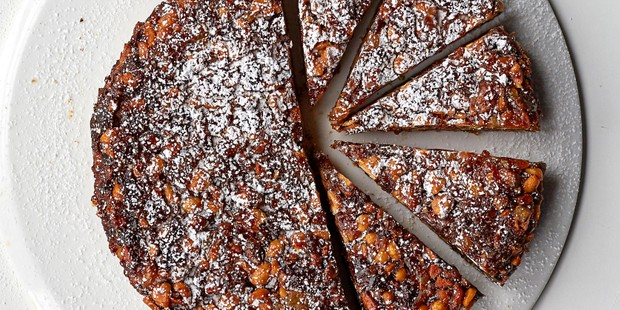 Panforte on platter with slices cut