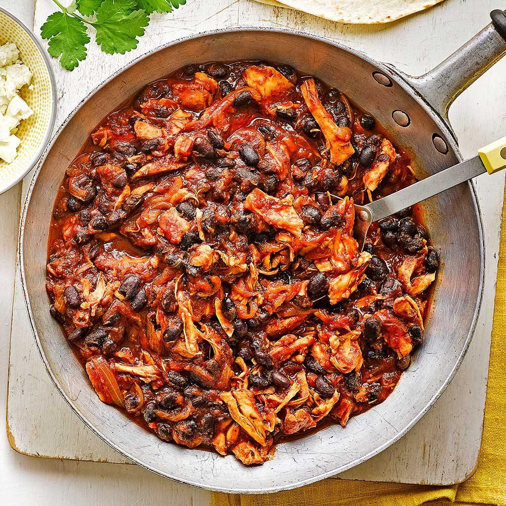 Pulled chicken & black bean chilli