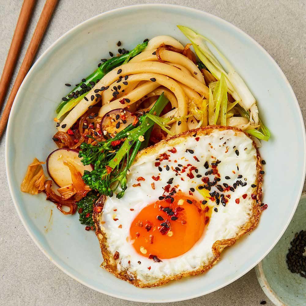 Kimchi sesame udon noodles