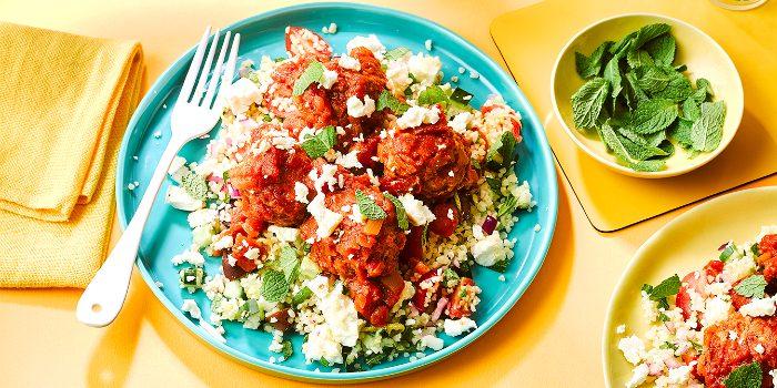 Pork meatballs with bulgur salad, feta & mint