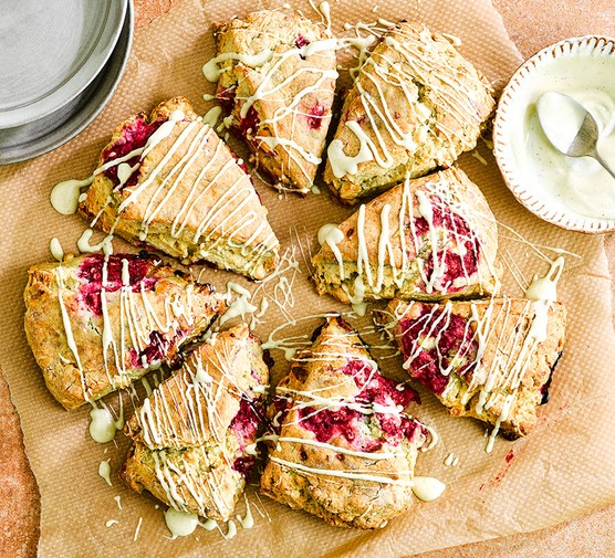 Raspberry & white chocolate scones drizzled with white chocolate